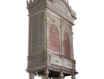 Alhambra Bronze Wall Cabinet / Torah Ark In The Islamic Nasrid Style – Signed